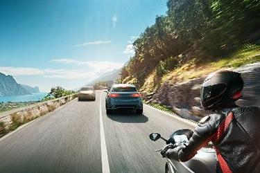 Безпека на дорогах - оновлена серія стандартів щодо функціональної безпеки автомобільної електроніки