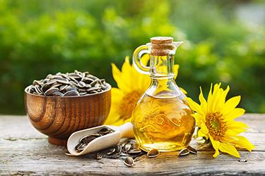 Відновлено дію національного стандарту на соняшникову олію