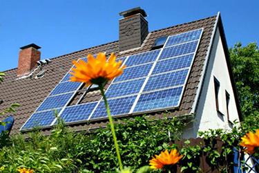 Президент України підписав Закон щодо врегулювання питання сонячних електростанцій домогосподарств!